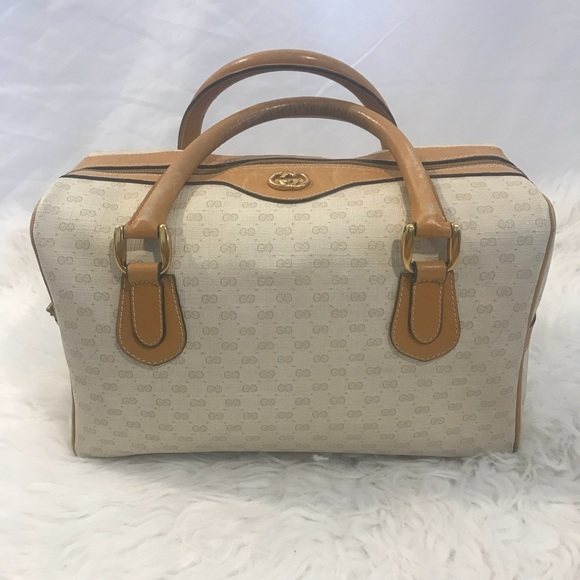 3d848dff071e Gucci Handbags - Vintage Gucci GG Web Supreme Boston Bag